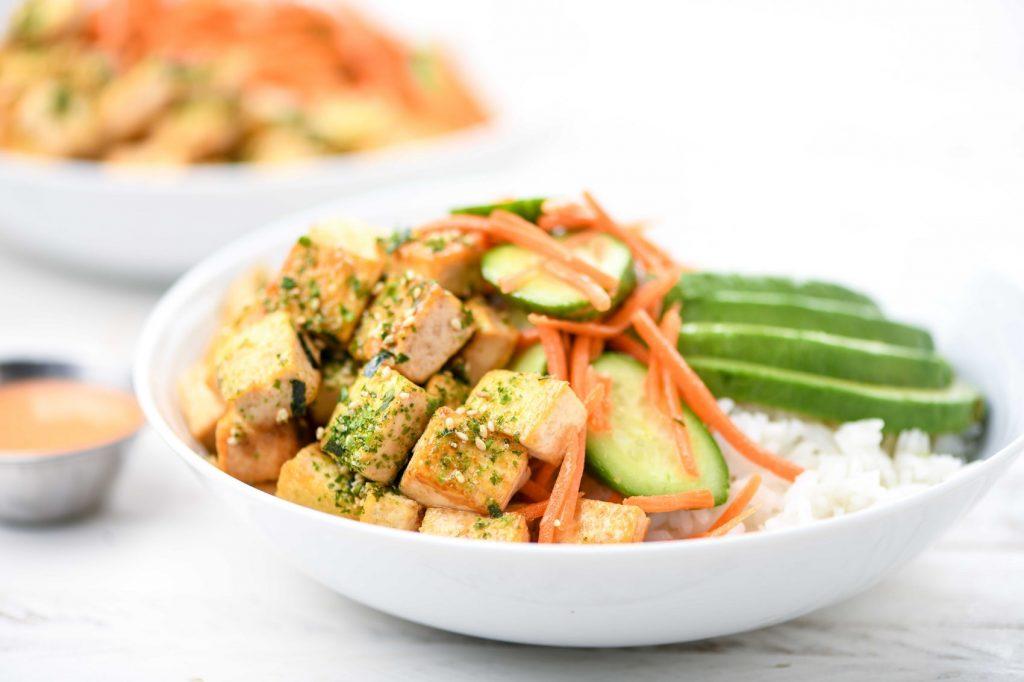 home chef avocado and tofu sushi bowl